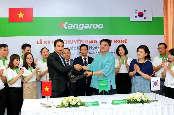 Lễ ký kết chuyển giao công nghệ với đại diện từ Hàn Quốc