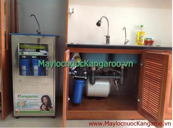 Hình ảnh lắp đặt máy lọc nước Kangaroo trong gầm tủ bếp