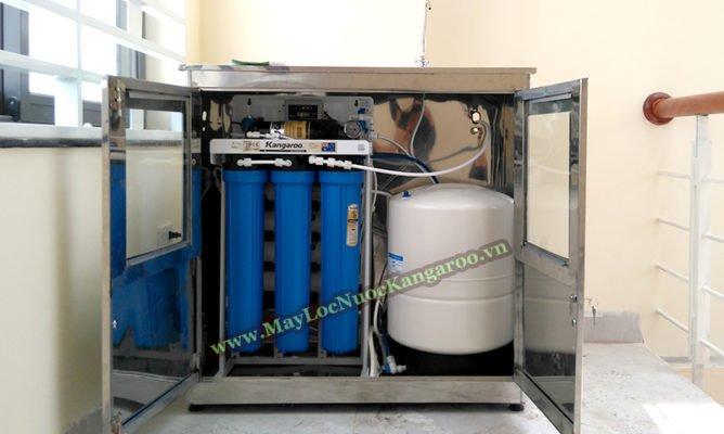Bên trong tủ máy lọc nước công suất lớn Kangaroo