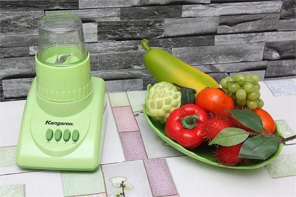 Máy xay sinh tố Kangroo KG302 có thiết kế sang trọng, hiện đại mang đến vẻ đẹp cho mọi không gian nhà bếp